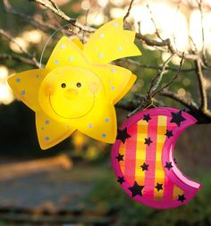 Sweet lanterns for girls // Make the lantern yourself - Lantern parade for the lantern parade Fall Crafts For Kids, Diy For Kids, Kids Crafts, Spooky Halloween Crafts, Chicken Crafts, Paper Plate Crafts, Country Crafts, Handmade Crafts, Christmas Ornaments
