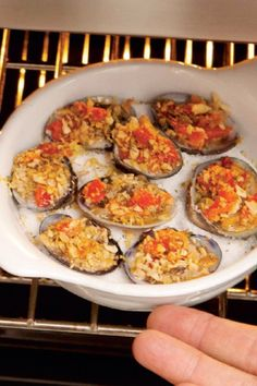 Rocco DiSpirito's (@roccodispirito) Story on Steller Clam Recipes, Gourmet Recipes, Healthy Recipes, Baked Clams Recipe, Now Eat This, Little Neck Clams, Cooking With Olive Oil, Stuffed Pasta Shells, Orange Zest