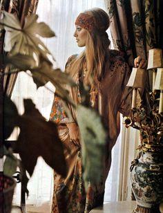 Lynette Asquith, 1971. ╰☆╮Boho chic bohemian boho style hippy hippie chic bohème vibe gypsy fashion indie folk the 70s . ╰☆╮
