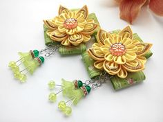 Kanzashi flower/Kanzashi hair clip/Kanzashi fabric flowers/Flower girl gifts/Set of two Will fit little girls. Great for any occasion. A satin flower made using kanzashi technique. For this aim the ribbons were folded as origami. d bow - 2,56 inches