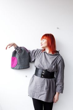 """Dear Woollies"": Make bags in three easy steps! –  Army surplus shirt from the flea market, long sleeved eco cotton shirt by Gudrun Sjödén and the ""Tirmula"" belt made of safety belts by Globe Hope (Hair: Töölön Poni, Helsinki; photo: Sininen Kuva, Sipoo FIN) ⎮ recyclie.blogspot.fi"
