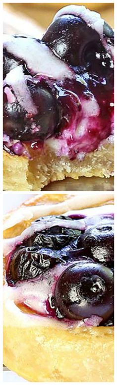 Easy Blueberry Cream Cheese Danish ~ Are you ready for an easy breakfast recipe now? Grab a case of fresh blueberries or can of blueberry pie filling and refrigerated crescent rolls and let's get baking!