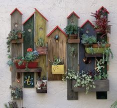 Garden Yard Ideas, Garden Projects, Wood Projects, Woodworking Projects, Driftwood Crafts, Wooden Crafts, Palette Deco, Rustic Gardens, Diy Home Crafts
