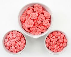 How to make icing roses.