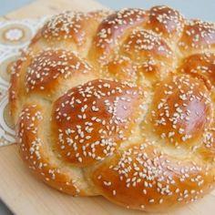 """Buttermilk Honey Bread - Recipe by Beth Hensperger """"The Bread Bible"""". Bread Maker Machine, Bread Machine Recipes, Bread Machines, Bread Recipes, Kosher Recipes, My Recipes, Favorite Recipes, Healthy Recipes, Best Healthy Recipe Books"""
