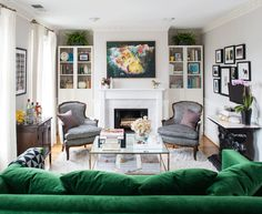 13 Decorating Ideas for Small Living Rooms | Midwest Living