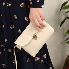 39e428ec89 Stručný styl PU kožené klapky Malá strana mini mobilního telefonu Messenger  Bag Pěkné dámské kabelky Tašky