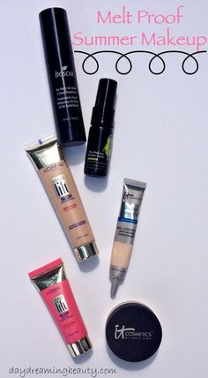 Melt Proof Summer Makeup Must Haves - daydreamingbeauty.com My summer makeup must haves include beauty items from Boscia, Skindinavia, IT Cosmetics and L'Oreal.
