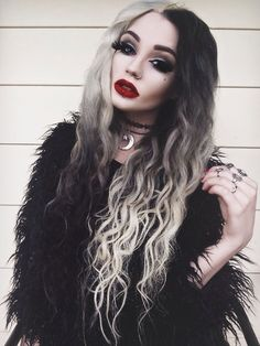 Love this blonde and black half ombre dyed hair