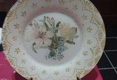 DIY decorar un plato con decoupage y una blonda Decoupage, Decorative Plates, Halloween, Tableware, Blog, Diy, Home Decor, Villas, Jeans
