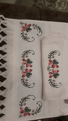 Coat Patterns, Baby Knitting Patterns, Bargello, Cross Stitch Designs, Projects To Try, Embroidery, Cross Stitch Borders, Cross Stitch Flowers, Cross Stitch Patterns