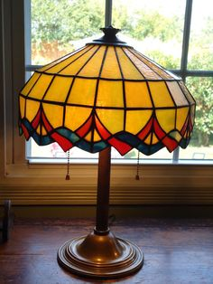 HEAVY! Bradley&Hubbard Colored Leaded Table Lamp,Art&Crafts,Deco,Handel,era1900s #ArtDeco #BradleyHubbard