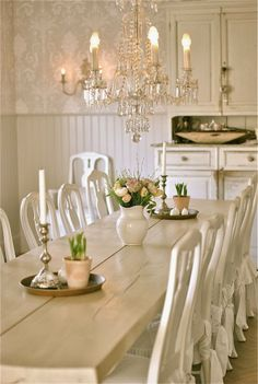 Chic Kitchen Chandelier Shabby Chic Dining Room Ideas: Awesome Tables, Chairs And Chandeliers For Your Inspiration Decor, Shabby Chic Dining Room, French Country Dining Room Decor, Chic Dining Room, Shabby Chic Decor, Dining Centerpiece, Shabby Chic Room, Shabby Chic Homes, Swedish Decor