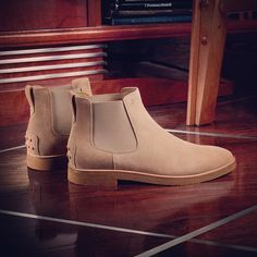 5a056c4bb7a4e0 Tod's Men's Autumn Winter Collection. Neutral color Chelsea boots with  tonal Gommino details on the. Stivaletti Desert BootGuardaroba MaschileCollezione  ...