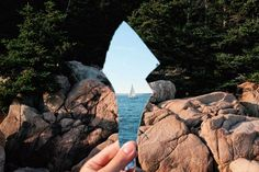 How is the camera not in the reflection<< lol Photoshop is great Pretty Pictures, Cool Photos, Amazing Photography, Nature Photography, Creative Photography, Photography Ideas, Photoshop, All Nature, Pics Art