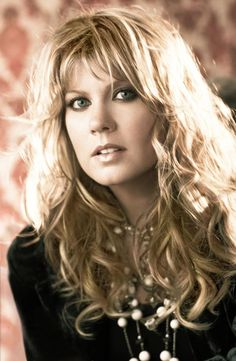 Natalie Grant ~ Favorite Christian Female Singer, this girl can SANG! Christian Music Artists, Christian Singers, Christian Movies, Christian Artist, Christian Women, Music Ministry, Contemporary Christian Music, Song Artists, Female Singers