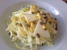 Ensalada de col con queso #Ensaladas #RecetasdeCocina #RecetasFáciles #ComidaSana #ENsaldaconQueso #EnsaladadeCol