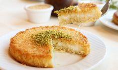 Πολίτικο κιουνεφέ Greek Sweets, Greek Desserts, Greek Recipes, Sweet Pastries, Food Inspiration, Camembert Cheese, Cravings, Cheesecake, Good Food