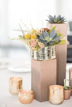 gold and rose gold modern wedding reception decor