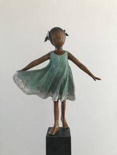Bronze sculpture / brons made by Babke Moelee Bronze Sculpture, Buddha, Statue, Children, Art, Sculptures, Anatomy, Kunst, Young Children