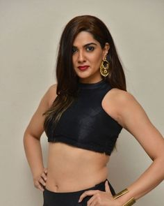 Actress Sakshi Chaudhary in black hot dress exposing navel stills from Yenti Raja YouthIlaa Undi Movie Audio Launch | Indian Filmy Actress