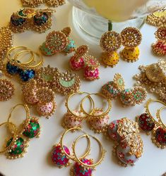 4 Reasons for Being Denied a Credit Card Consumers are often bombarded with credit card offers. Indian Jewelry Earrings, Indian Jewelry Sets, Jewelry Design Earrings, Silver Jewellery Indian, Indian Wedding Jewelry, Ear Jewelry, Antique Earrings, Jewelery, Antique Jewellery Designs