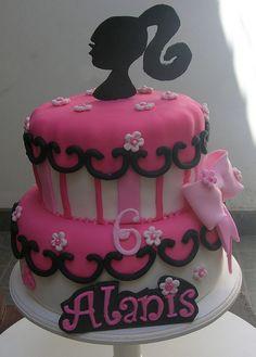 Barbie cake I want it for my birthday!!