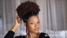 6 Awesome Hairstyle for Natural hair (Tutorial) Kinky Hair Rocks Short Afro Hairstyles Awesome hair Hairstyle Kinky Natural Rocks tutorial Natural Hair Tutorials, Natural Hair Updo, Natural Hair Styles, Blonde Natural Hair, Natural Hair Accessories, Cabello Afro Natural, Pelo Afro, Blonde Ombre, Ash Blonde