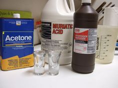 Reusable etchant with Muric acid and hydrocloric acid-- Acetone removes resistant pcb etching instructable 00013.jpg