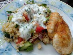 Sült csirkemell bulgursalátával Potato Salad, Potatoes, Chicken, Healthy, Ethnic Recipes, Food, Bulgur, Potato, Essen