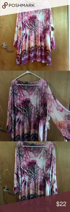 Beautiful blouse 👚 plus size Soft cool colors 4 x plus size brand new with tags Faded Glory Tops Blouses