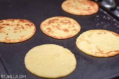 Mexican Dishes, Mexican Food Recipes, Muffin Tin Breakfast, Funnel Cake Fries, Chicken Tetrazzini Recipes, Mexican Cookies, Crock Pot Food, Oatmeal Cake, Empanadas Recipe