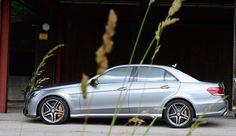 Mercedes-Benz E 63 AMG S Modell 4MATIC Tracktest: http://www.neuwagen.de/fahrberichte/3771-mercedes-benz-e-63-amg-s-modell-4matic-heizkraftwerk.html