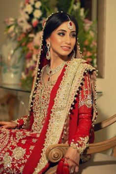 lovely Pakistani bride in red. So very beautiful! Asian Wedding Dress, Pakistani Wedding Dresses, Pakistani Bridal, Bridal Lehenga, Desi Bride, Desi Wedding, Wedding Attire, Wedding Ideas, Wedding Bride