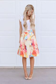 I like this cute spring fashion outfit idea! See more spring outfits on Lifestyle.fm