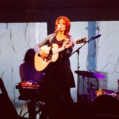 """The great Rosanne Cash rocking the St. Ann's Warehouse gala.  6/10/2014. pic.twitter.com/MzBvh5YAk6"""" great night. St. Ann's Warehouse is a performing arts institution in Brooklyn, New York."""