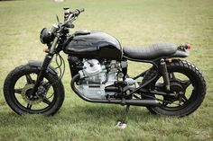 Custom Honda CX500 by Rive Gauche Kustoms | Moto Rivista