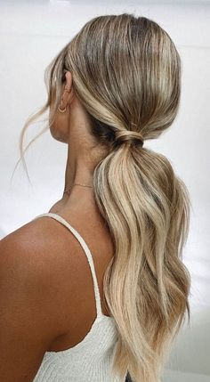 Wedding Ponytail Hairstyles, Ball Hairstyles, Bride Hairstyles, Ponytail Hairstyles For Prom, Simple Prom Hairstyles, Hair Ponytail Styles, Hairstyle Braid, Sleek Hairstyles, Wedding Hair And Makeup