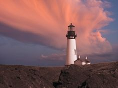 Oregon lighthouse by Richard Grinnell, via 500px