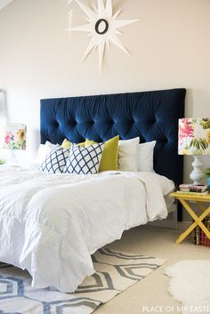 Home Decor Eclectic Gorgeous Blue Bedroom Decor Ideas - Blue Tufted Headboard by Place of My Taste.Home Decor Eclectic Gorgeous Blue Bedroom Decor Ideas - Blue Tufted Headboard by Place of My Taste Headboard Designs, Headboards For Beds, Blue Headboard, Bedroom Makeover, Home Bedroom, Bedroom Design, Home Decor, Diy Headboard Upholstered, Bedroom Headboard