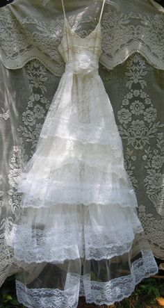 White tulle dress wedding  lace fairytale  vintage  bride outdoor  romantic small by vintage opulence on Etsy