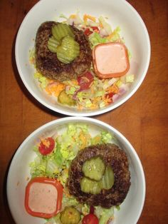 """21 Day Fix Bigger Big Mac in a Bowl Ultimate Portion Day Fix: """"Bigger"""" Big Mac in a Bowl – Grandnanny's House<br> Love a great burger? Don't want to eat that bun? So the answer for me was this """"salad""""! 21 Day Fix Diet, 21 Day Fix Meal Plan, 21 Day Fix Snacks, Fixate Recipes, Healthy Recipes, Beef Recipes, Easy Recipes, 21 Day Fix Recipies, Beachbody 21 Day Fix"""