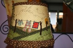 . Lampshade Redo, Primitive Stitchery, Country Crafts, Love Sewing, Lamp Shades, Fabric Crafts, Projects To Try, Patches, Tablet