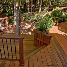 Modern Low Maintenance Decking Materials Are Used To Style A Clic Rustic Look