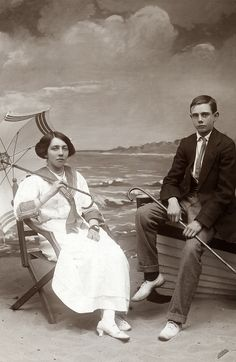 +~+~ Antique Photograph ~+~+ Brother and Sister Eva and Cyril, posing for a seaside portrait for their Grandmother. I am curious as to what is on her wrist. It looks like a men's nautical/diving watch! Photographs Of People, Vintage Photographs, Vintage Images, Antique Photos, Old Photography, People Photography, Vintage Backdrop, Vintage Couples, Vintage Nautical