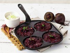 Piparjuurella maustetut punajuuriröstit My Favorite Food, Favorite Recipes, Iron Pan, Griddle Pan, Chili, Beef, Baking, Vegetables, Drinks
