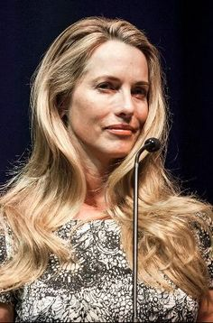 #43 Laurene Powell Jobs & family Follow (857) Real Time Net Worth As of 3/28/16 $18 Billion Founder and Chair, Emerson Collective Age52 Source Of WealthApple, Disney Self-Made Score1 ResidencePalo Alto, CA CitizenshipUnited States Marital StatusWidowed Children3 EducationBachelor of Arts / Science, University of Pennsylvania Wharton School; Master of Business Administration, Stanford Graduate School of Business Laurene Powell Jobs & family on Forbes Lists #44 Billionaires (2016) #24…