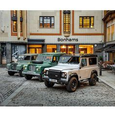 Perhaps the most significant trio of Land Rovers in existence: the very first the 1-miilionth and the very last the 2-millionth. All three will be on display at Bonhams' Bond Street showroom in London this Tuesday December 15. The very first Land Rover (nicknamed Huey) was built in 1948; number 1M was built in 1976; and number 2M in 2015. The last one literally and figuratively will be auctioned off for charity this Wednesday December 16. History in the making. #landrover2m #landrover…