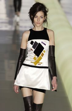 Chanel FW 2003 - Kasimir Malevich inspired   Repinning only because there is an exact outfit of this in The Sims 2, and stumbling across this sort of blew my mind.