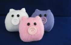 This Little Piggy. A quick and easy pig Knitting pattern by Amalia Samios Easy Knitting, Knitting For Beginners, Loom Knitting, Quick Knitting Projects, Knitting Needles, Knitting Toys, Knitted Owl, Knitted Animals, Sock Crafts